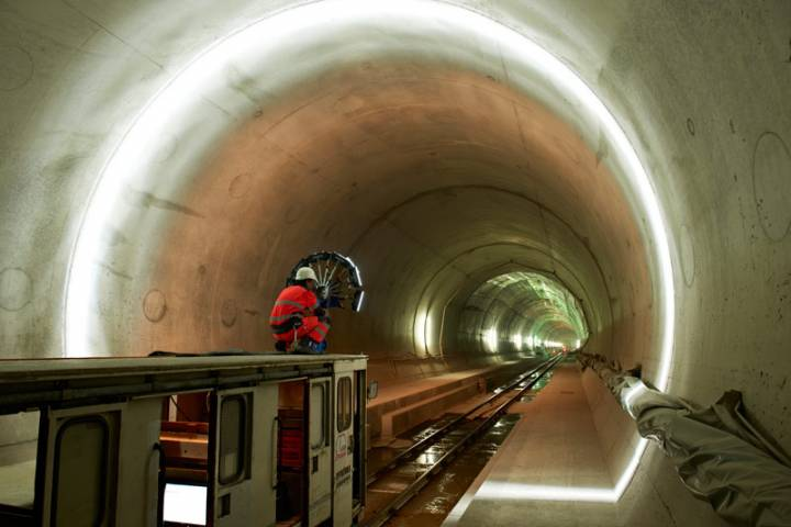 Tunnel curiosity project. Automated maintenance